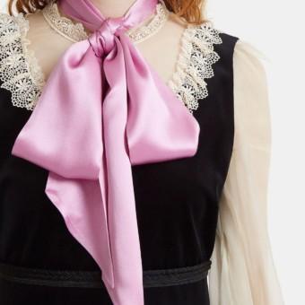 GUCCI Women s Lace-trimmed Pussybow Velvet Black Dress - We Select ... de1d4914b