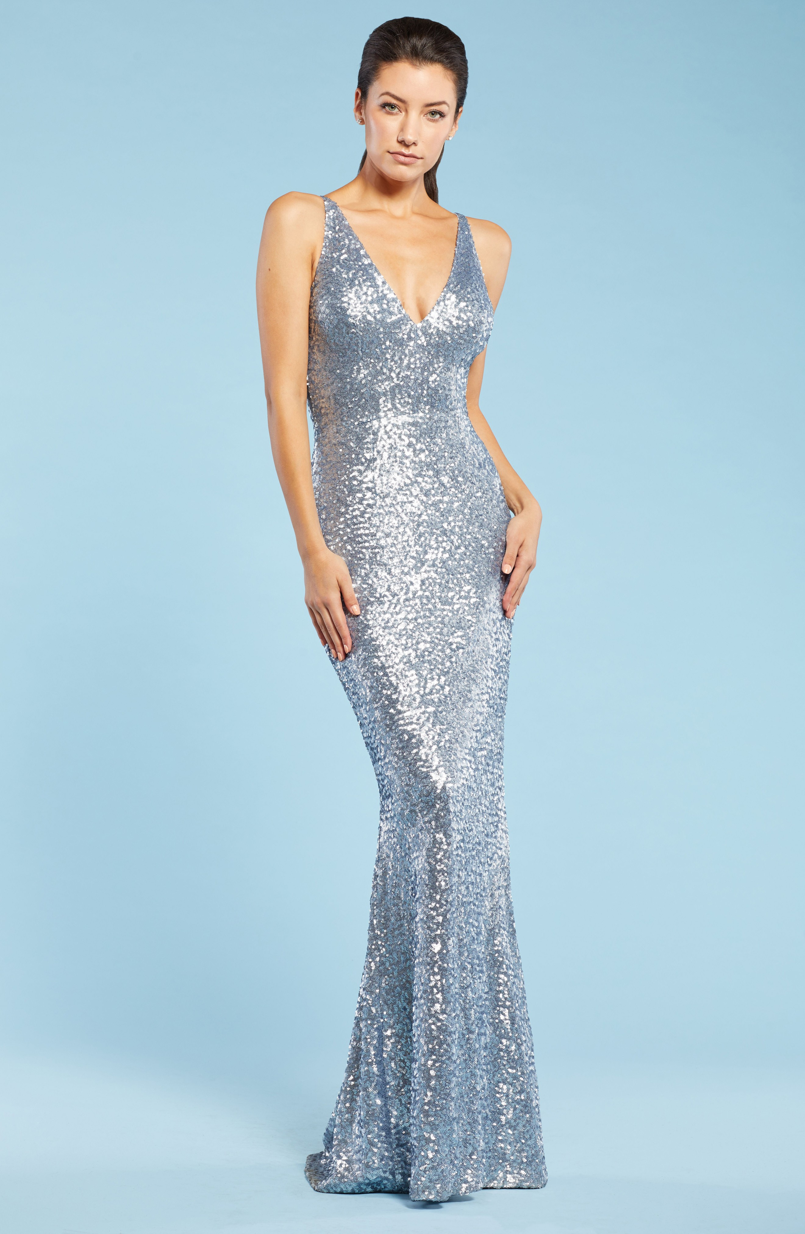 dress the population harper mermaid ice blue gown we