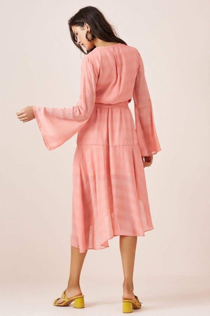 8b19fdf3d17 FINDERS KEEPERS Rio Midi Quartz Pink Dress