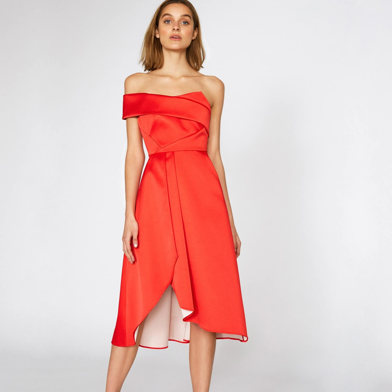 OUTLINE The Victoria Red Dress