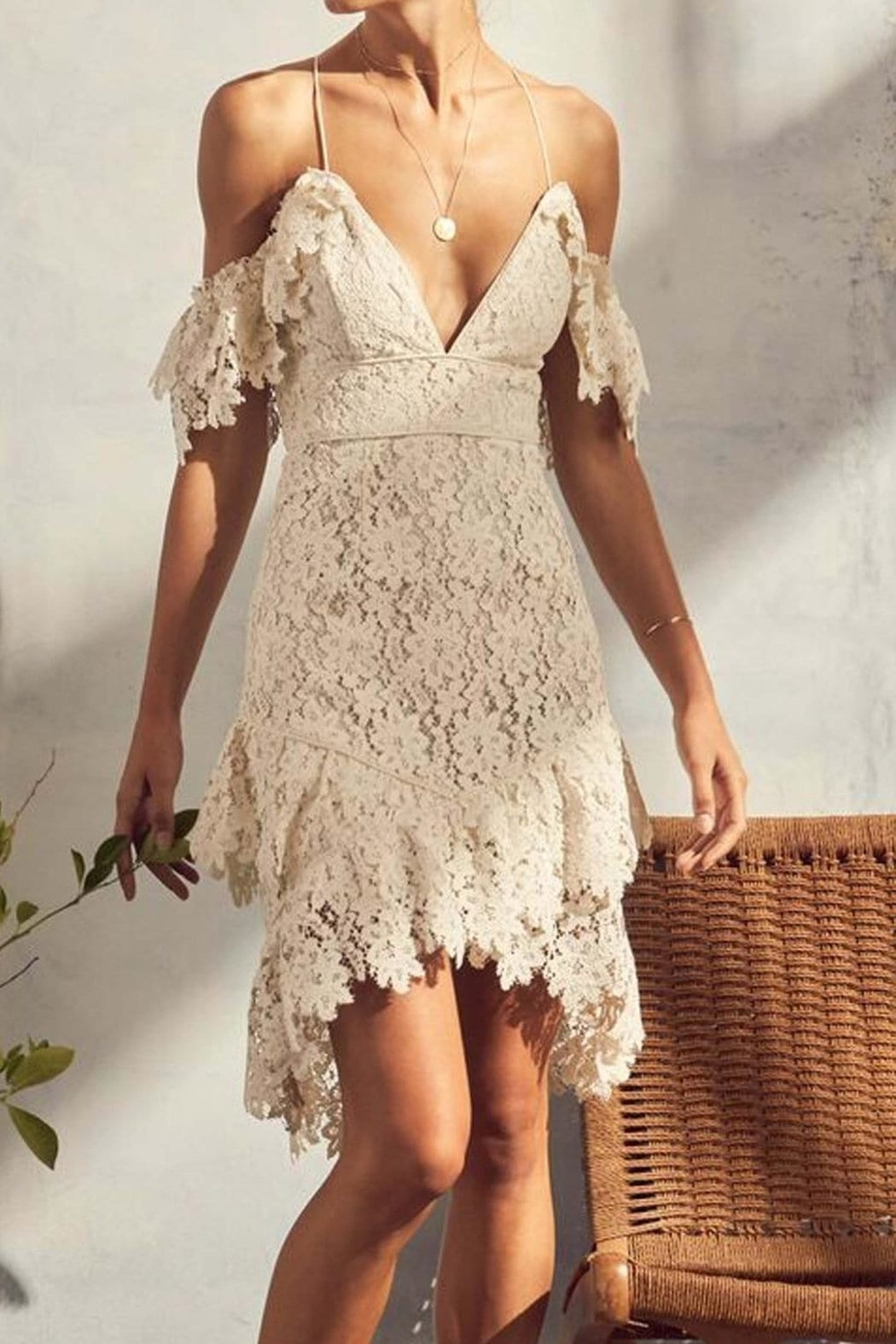 ON A WHIM Donna Lace White Dress