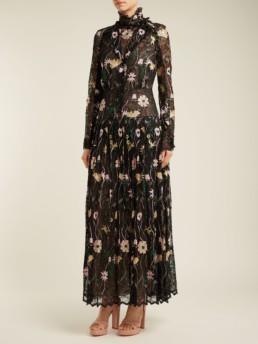 GIAMBATTISTA VALLI Floral Embroidered Chantilly Lace Black Gown