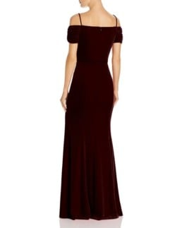 LAUNDRY BY SHELLI SEGAL Off-the-Shoulder Velvet Red Gown 2