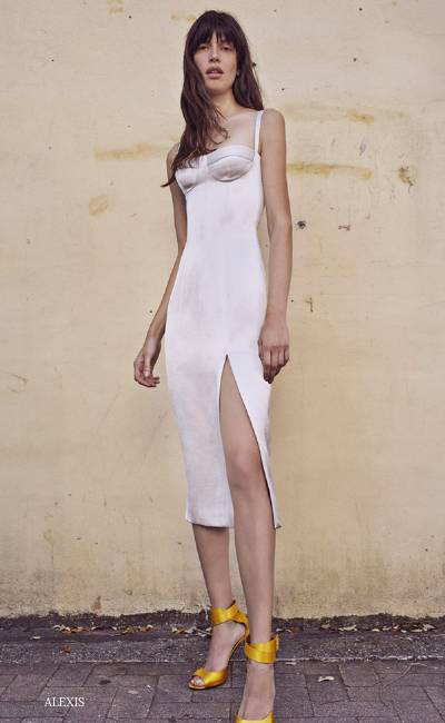 So Seductive In These Shapely Bodycon Dresses