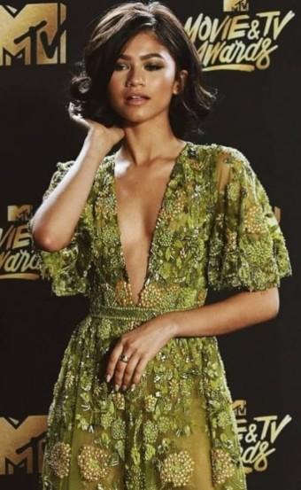 Be Effortlessly Cool In Zendaya Style Dresses