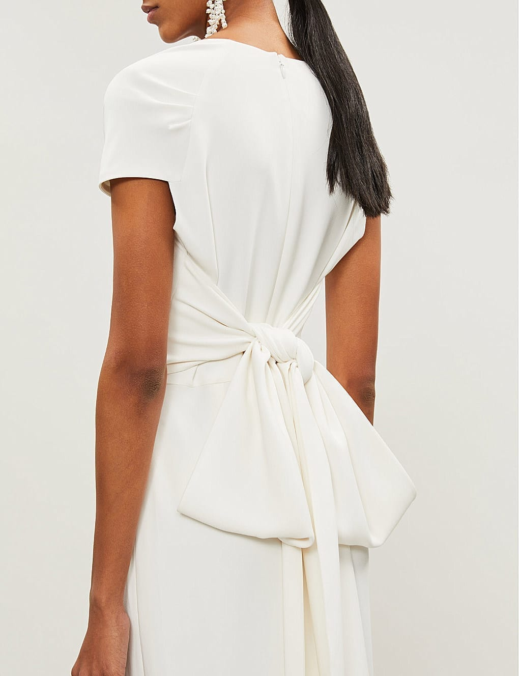 f7a2ffecc6 STELLA MCCARTNEY Rose Tie-back Stretch-cady White Gown - We Select ...