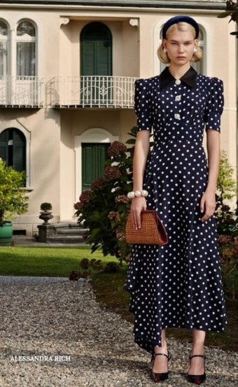 Stay Classic In Gorgeous Polka Dot Dresses