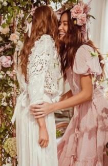 Celebrate Love In These Beautiful Beach Wedding Guest Dresses