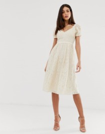 LITTLE MISTRESS All Over Lace Sweetheart Neck Midi Skater Cream Dress