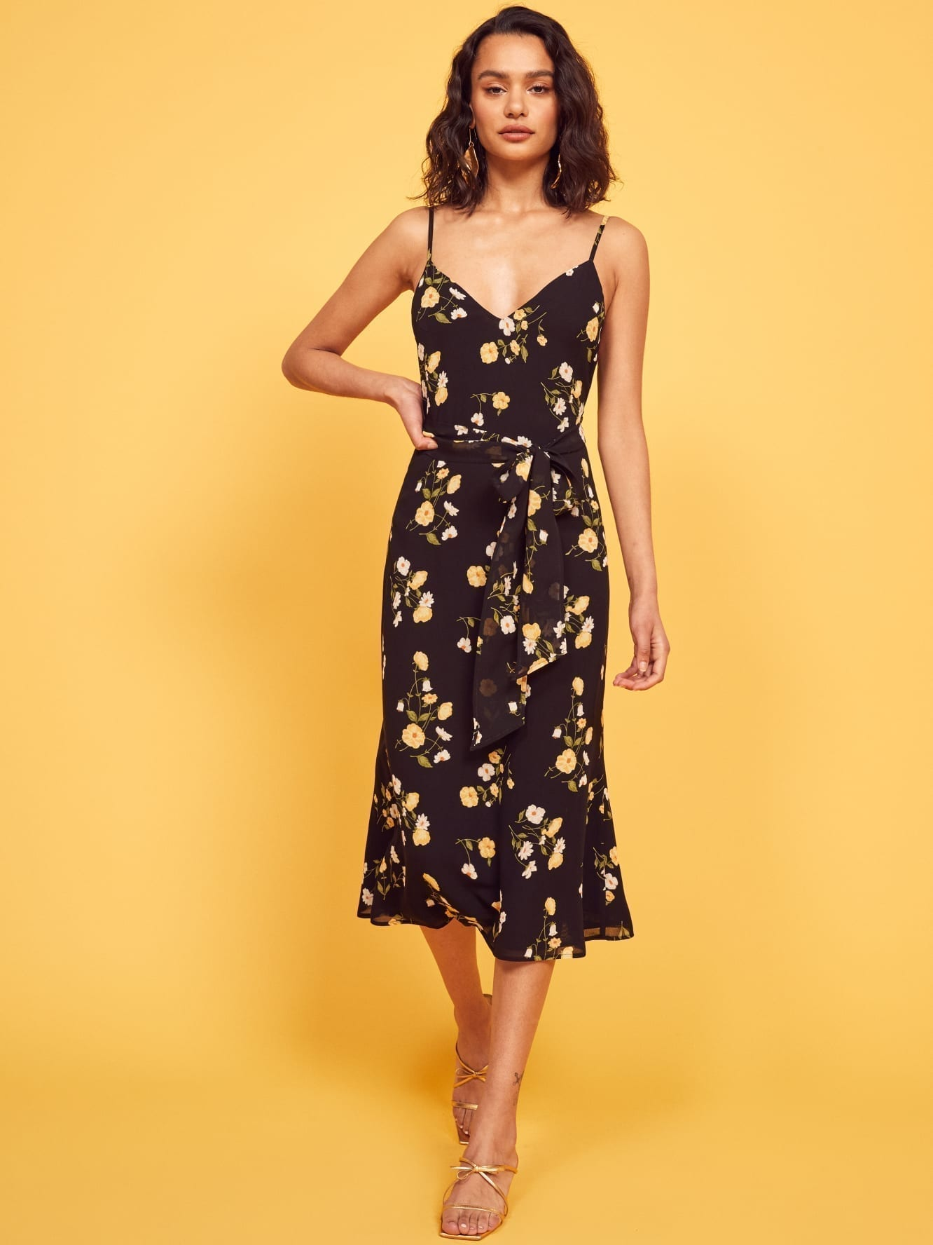 REFORMATION Dietrich Black / Floral Printed Dress