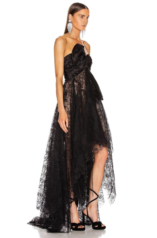 OSCAR DE LA RENTA Strapless Bow Gown