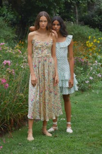 Destination... Barcelona, Chic Dresses For Summer In The City