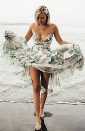 Spellbinding Honeymoon Dresses For Your Romantic Getaway