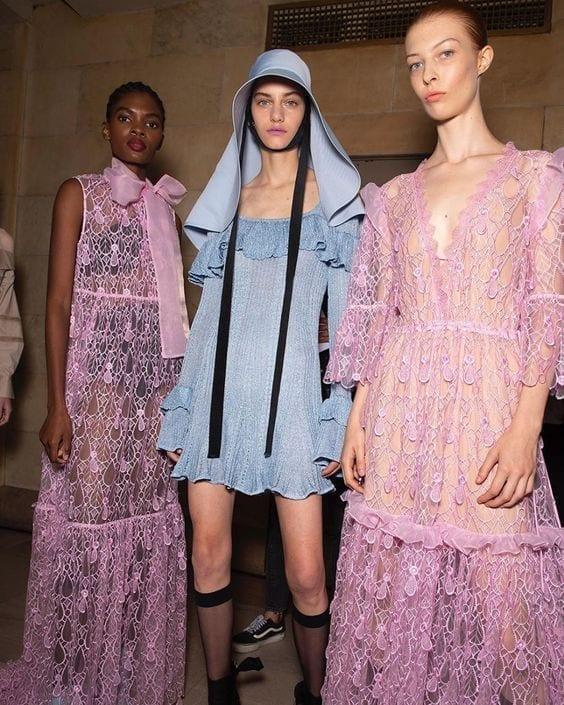 Front Row Dresses… Amaze At New York Fashion Week