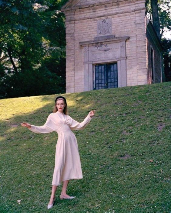 Minimalist Dresses For Stylish Simplicity