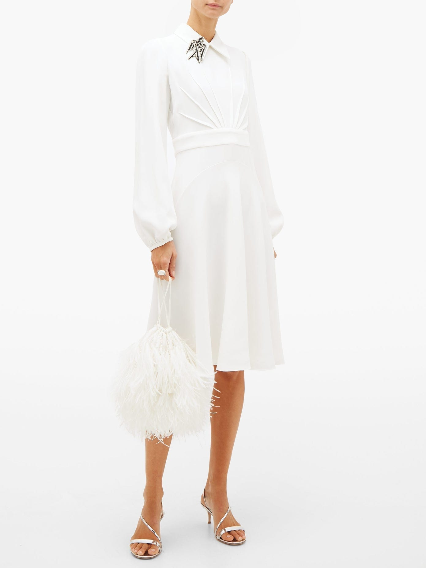 NO. 21 Brooch-collar Balloon-sleeve Crepe Dress