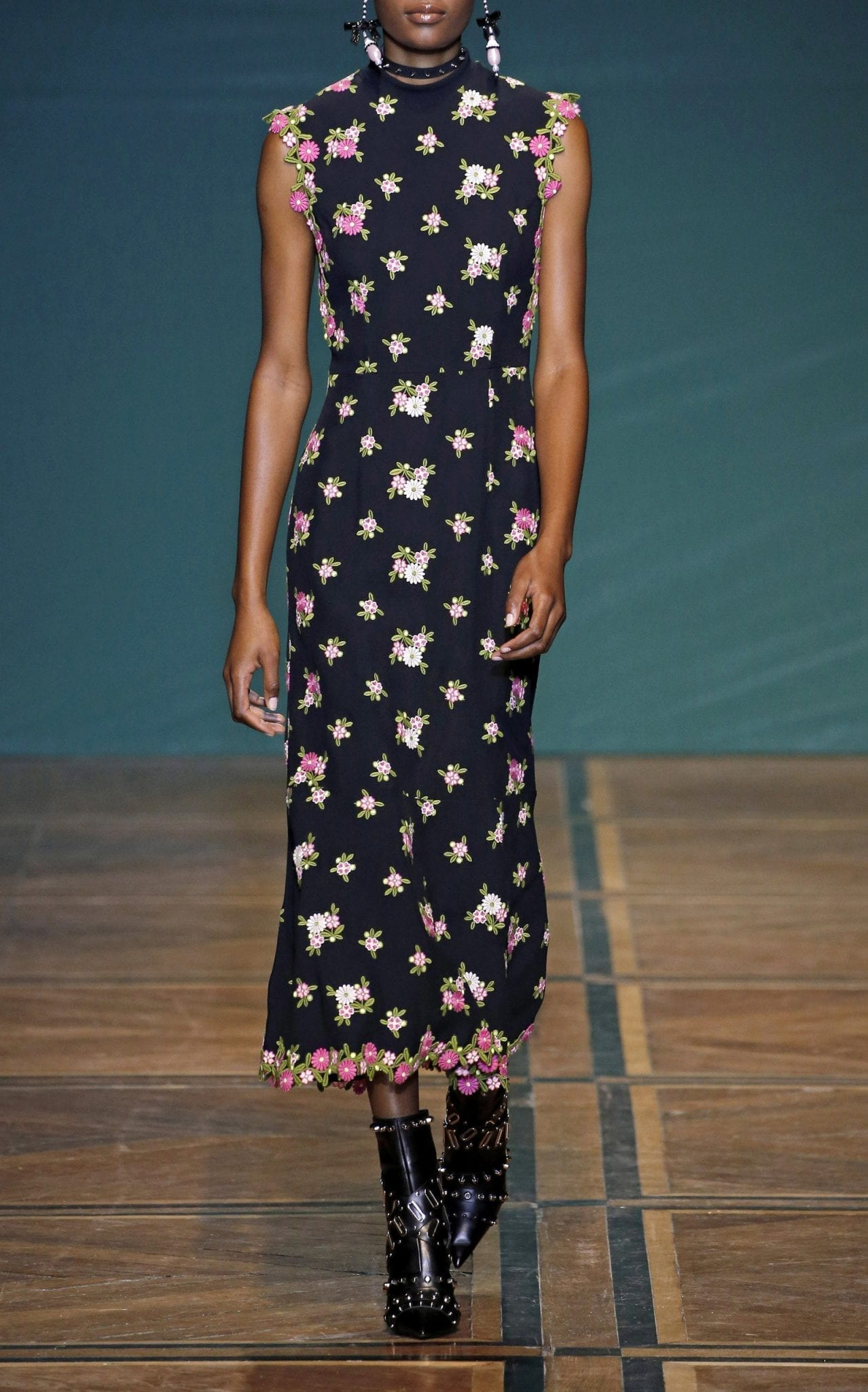 ANDREW GN Floral-Embroidered Crepe Midi Dress
