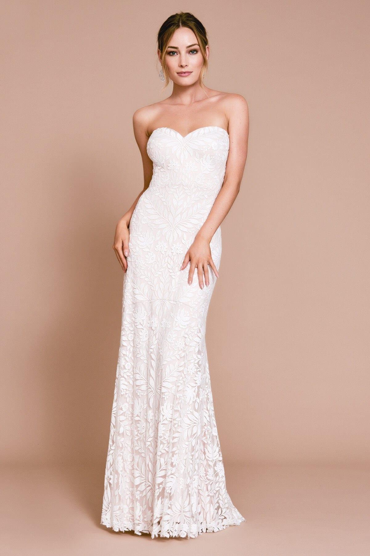 TADASHI SHOJI Esdel Strapless Sweetheart Gown