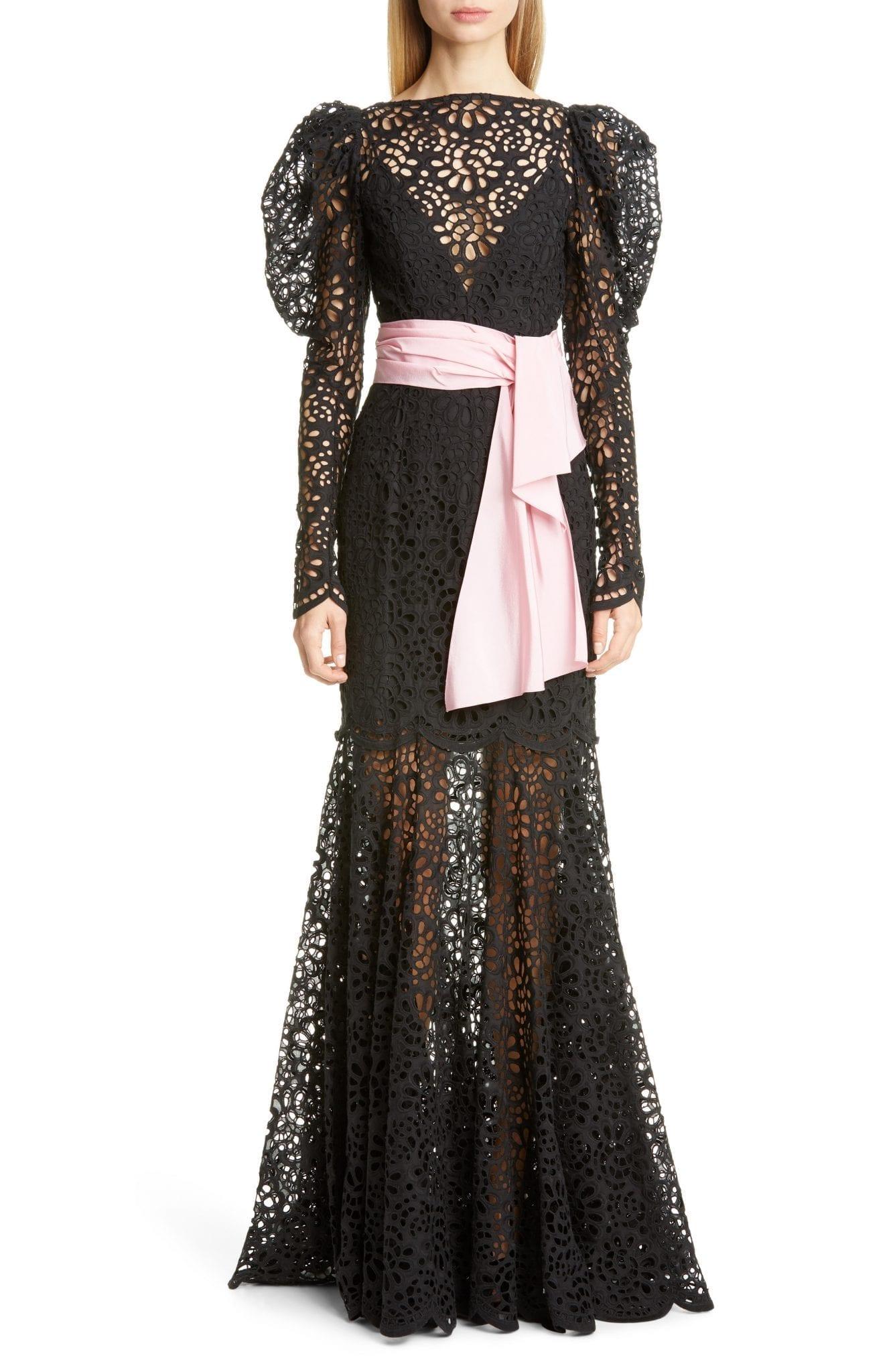 CAROLINA HERRERA Puff Sleeve Lace Gown