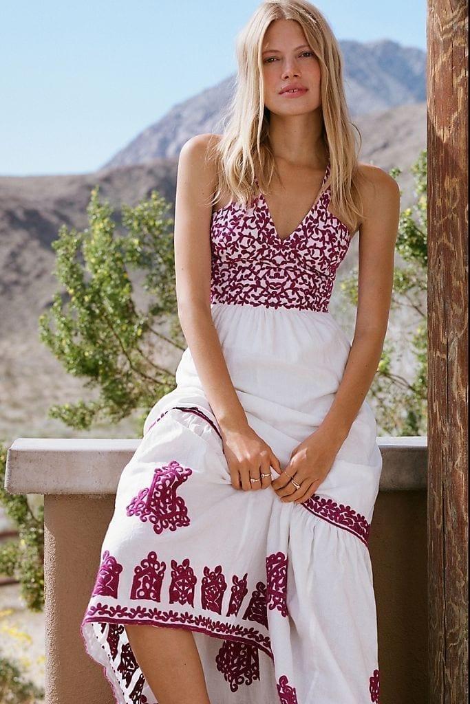 Casual Beach Dresses For A Mental Getaway