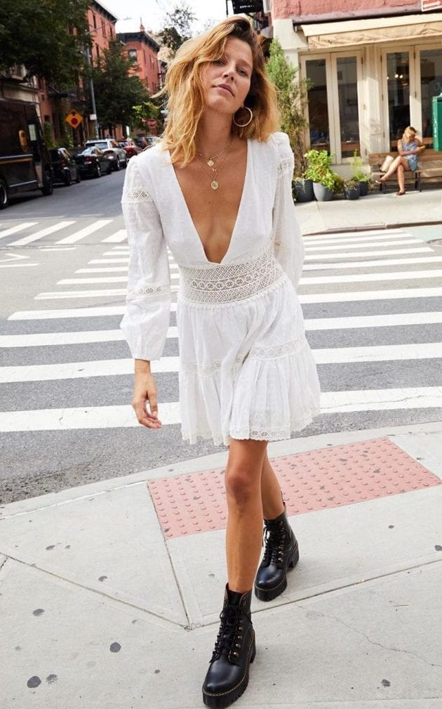 27 Perfect Dresses To Wear With Boots!