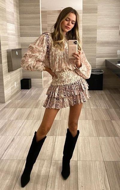 We Love Her Dresses ... Valeria Lipovetsky
