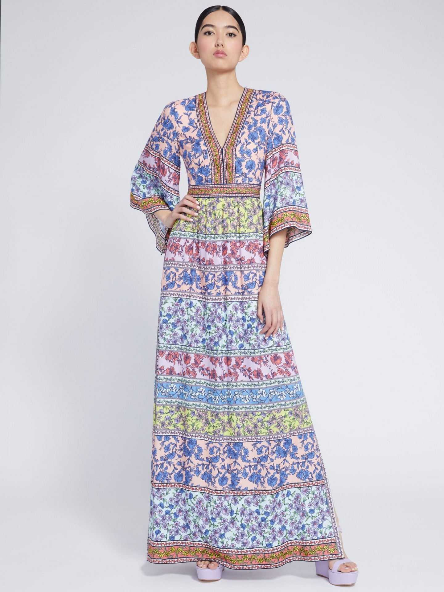 ALICE AND OLIVIA Lena Embroidered Kimono Dress