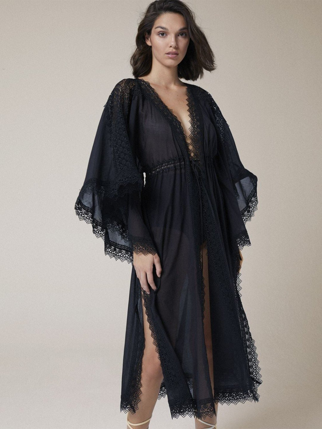 20 Best Kaftans Dresses To Use As Cover-Ups