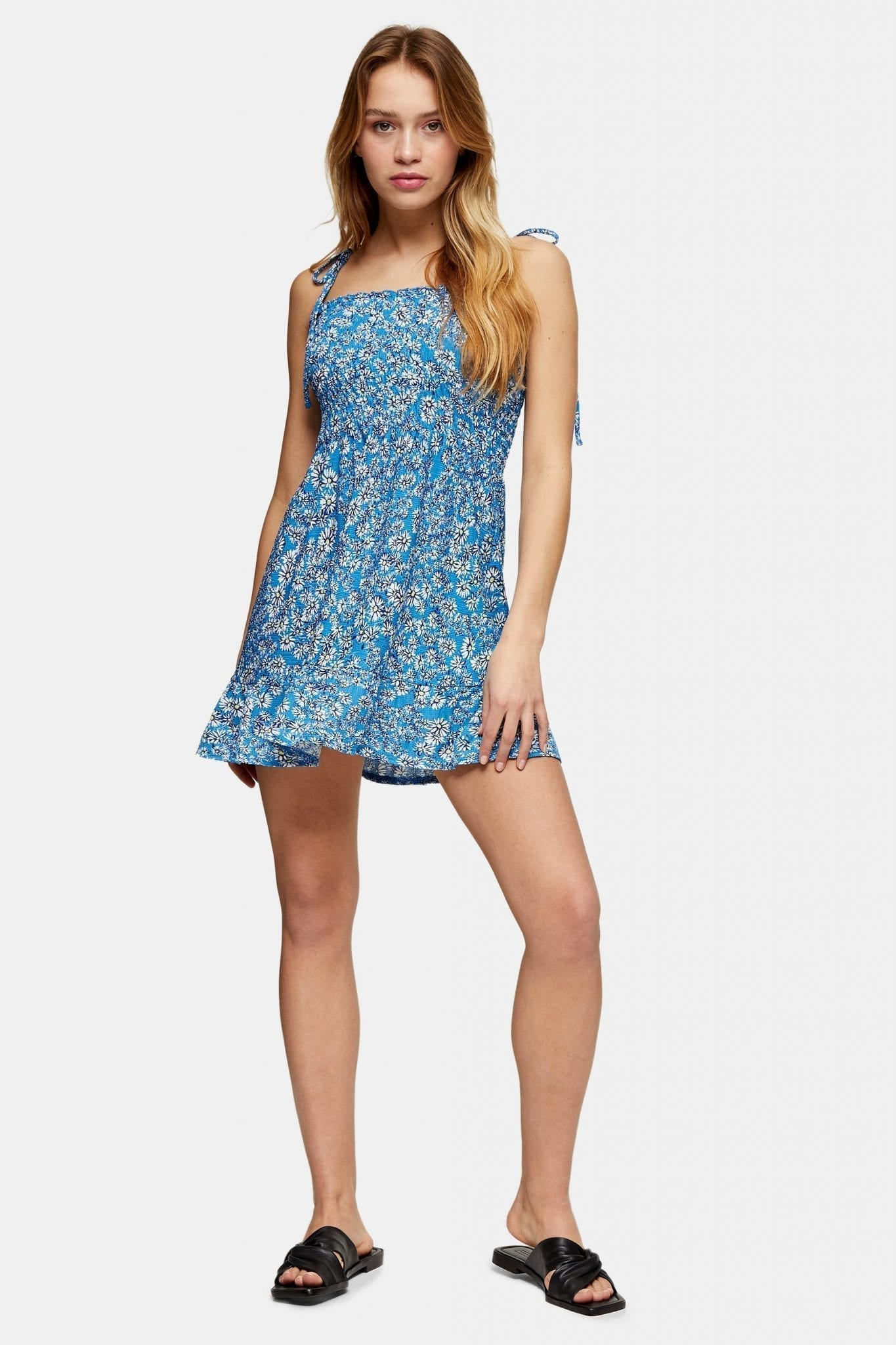 TOPSHOP PETITE Ditsy Shirred Flippy Dress