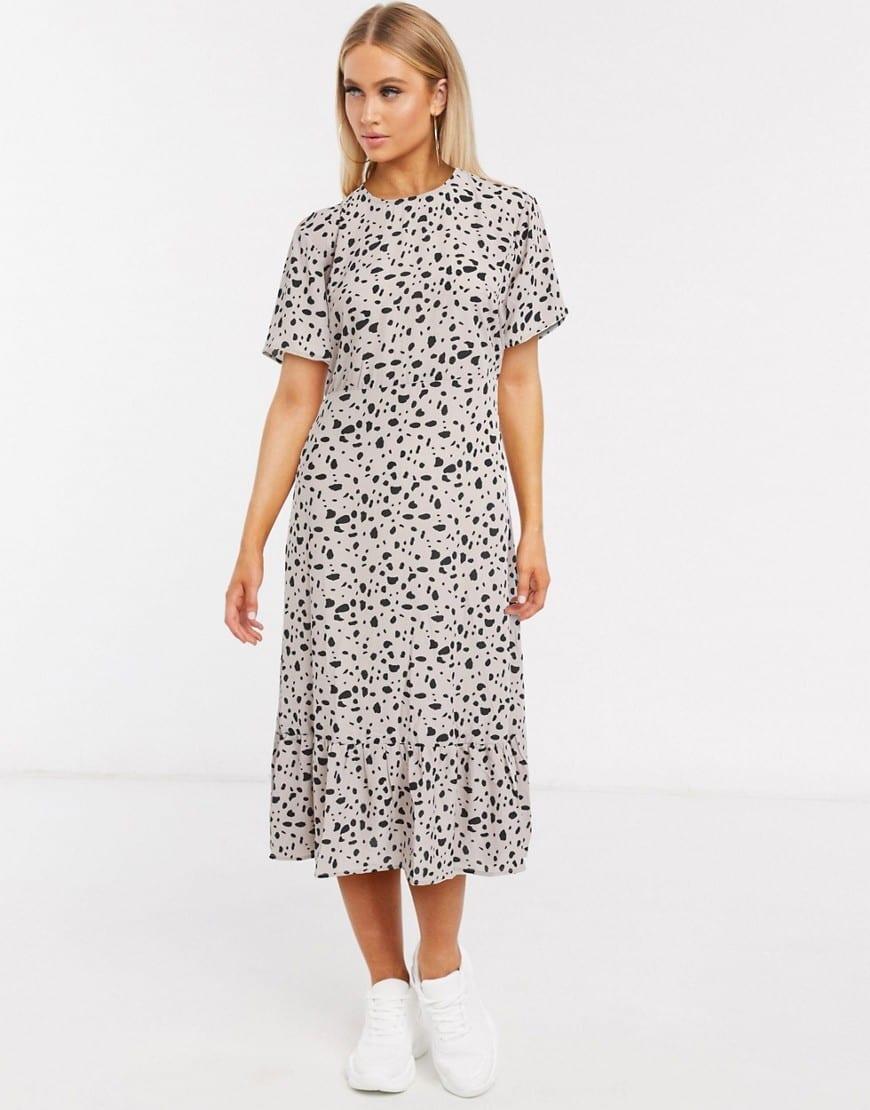 MISSGUIDED Tiered Hem Midi Dress