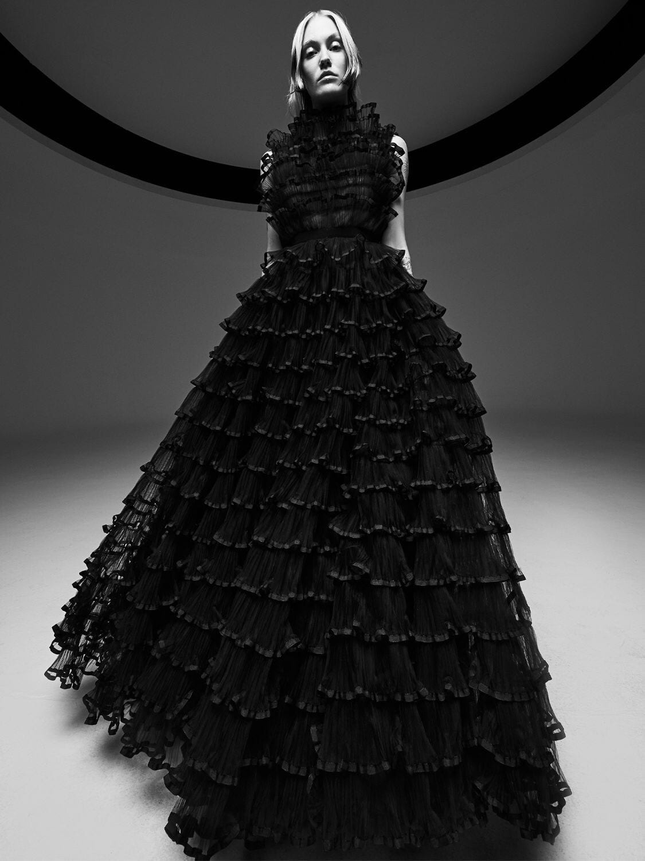 GIAMBATTISTA VALLI Sleeveless Ruffled Tulle Dress