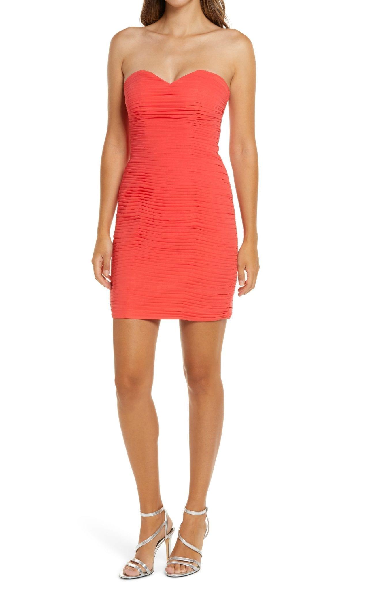 LAVISH ALICE Pleat Chiffon Strapless Mini Dress